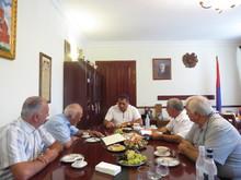 Մարզպետ Հովիկ Աբովյանն ընդունեց Ռուսաստանի հայերի միության և Սփյուռքի նախարարության ներկայացուցիչներին