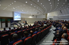 ՀՀ Նախագահը մասնակցել է տեղական ինքնակառավարման և տարածքային կառավարման մարմիններին նվիրված խորհրդաժողովին