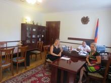 ՀՀ Տավուշի մարզպետ Վահե Ղալումյանն ընդունել է  <<Համարձակ հայ կանանց>> բարեգործական կազմակերպության ներկայացուցիչներին