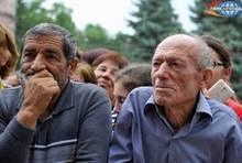 Հուսահատությունը մոռացեք, միասին աշխատում ենք. Նիկոլ Փաշինյանը հանդիպել է այգեհովիտցիներին